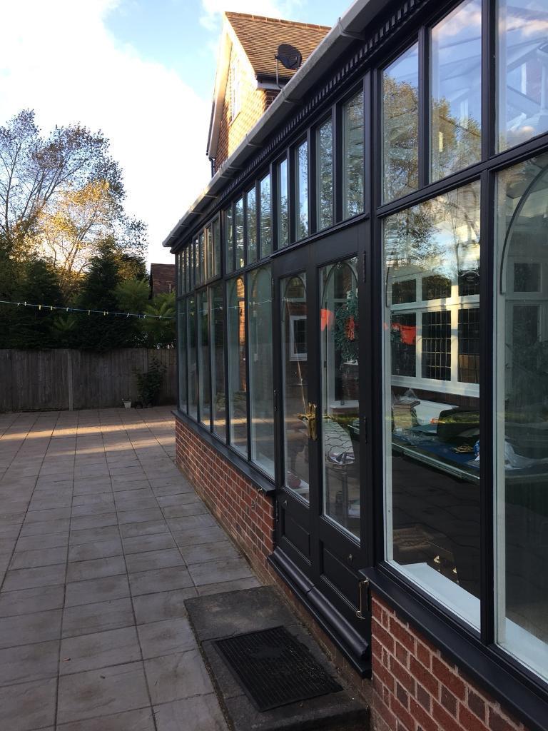 External windows frames